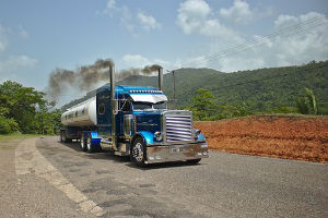 Bill Aimed at Carbon Emissions in Trucking